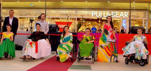 Reusita celui mai mare festival de moda destinat persoanelor cu dizabilitati din Romania