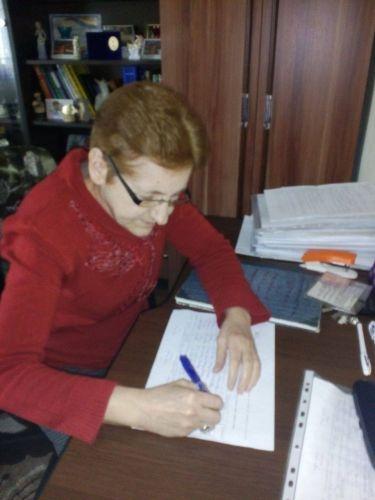 Eva Vermuth Am cerut in instanta plata zilelor de sambata si duminica, a sarbatorilor legale si a orelor suplimentare lucrate...