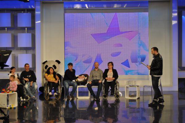 Emisiunea Rai da buni, ridicol sau penibil la adresa persoanelor cu dizabilitati